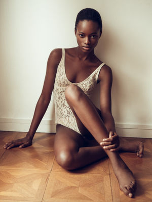 beautiful skinny black girls
