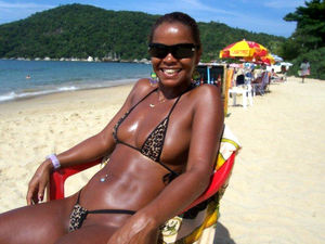 ebony nude beach