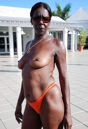 amateur black granny