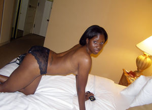 ebony nude dancing