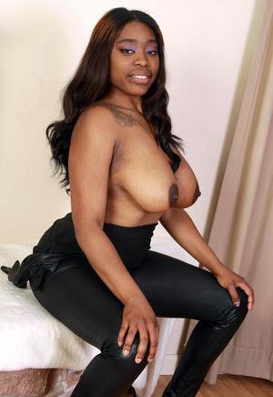 ebony mature stockings
