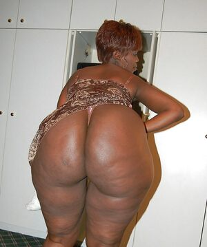 ass big black butt mature showing