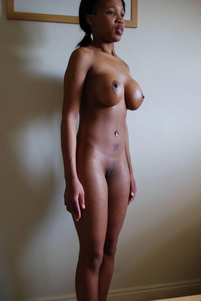 amateur playboy de jolie femme nue -