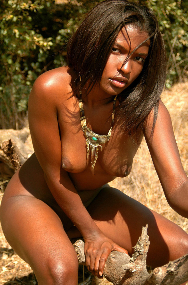 Cute black ethnic girls nude shaven pussy outdoors - Pichunt