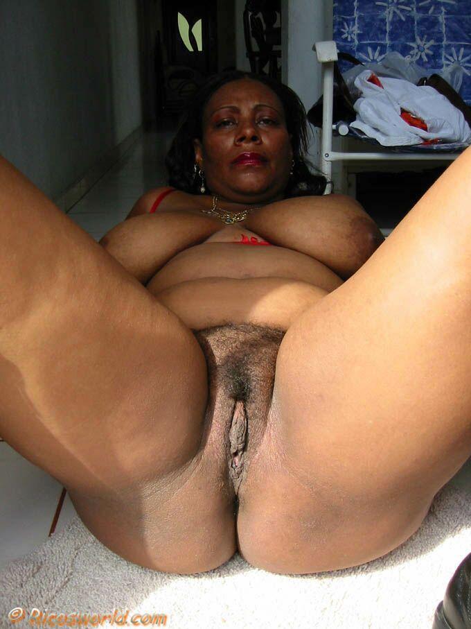 Ebony Bbw Ass And Hairy Pussy