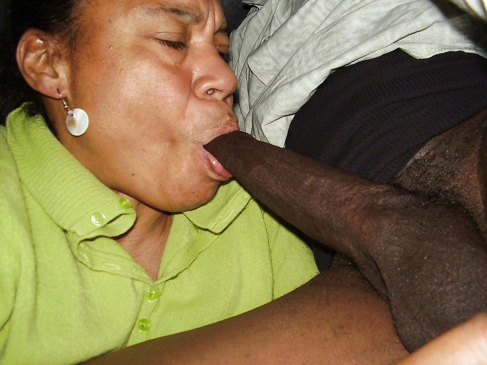 Young black girl talked into sucking off a old white dick