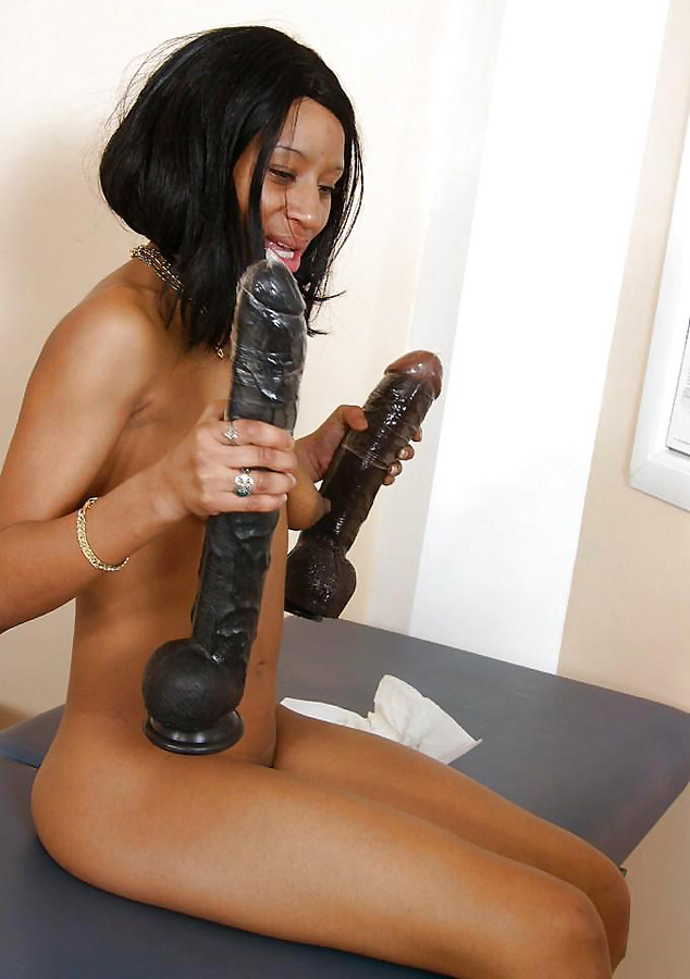 Felina Playing With A Big Black Dildo Free Pics