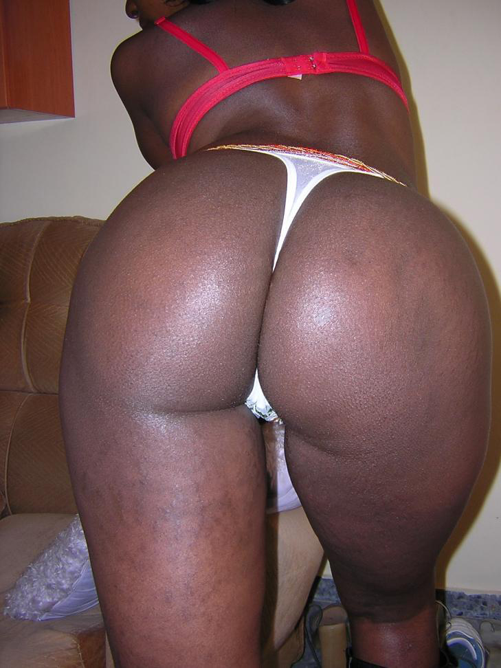 Thick Black Booty In Panties Belongs To Kitchen