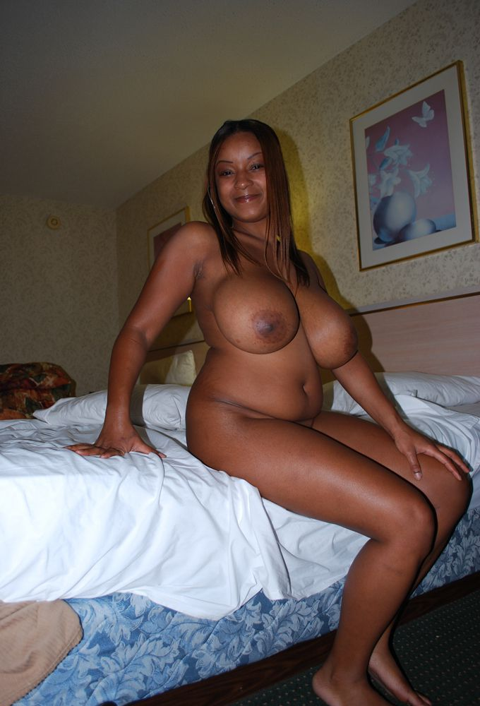Most sexiest ebony girls is fully naked