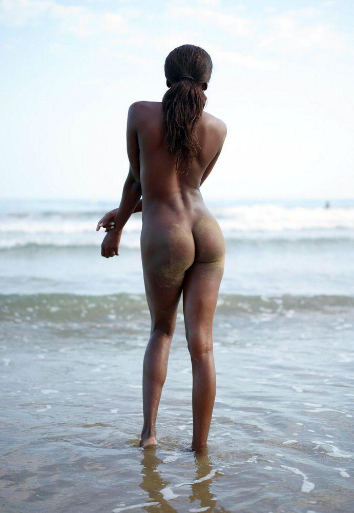 Black's beach exposed